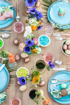 A Colorful and Charming Easter Brunch - Sugar and Charm - sweet recipes - entertaining tips - lifestyle inspiration