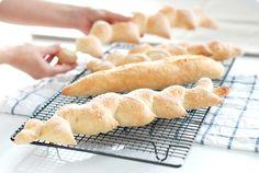 Receta de pan básico casero, con amasado francés de los cursos de pan de Webos Fritos