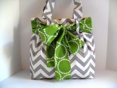 Handbag Made of Chevron Fabric and Large Green Bow by fromnancy.. Cute bag!!