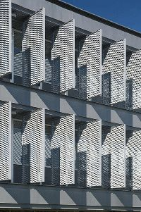 Spantek Expanded Metals > Architectural > Expanded Metal Sun Shade Applications