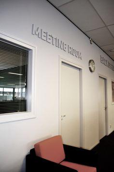 """Re-styling showroom/kantoren Industriele """"look""""  Wout Monseurs B.V. Gerealiseerd door Irma van Toledo www.irmavantoledo.nl"""