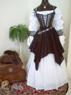 For the bride who wants to dress in character: Gray Black Skulls Pirate Wedding Gown Dress Costume. by scalarags on Etsy Pirate Wedding Dress, Wedding Dress Black, Wedding Dress Costume, Wedding Costumes, Pirate Dress, Costume Dress, Pirate Clothes, Pirate Outfits, Wedding Gowns