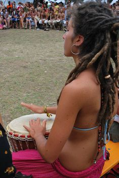 The Hippie Commune Beautiful Mind, Beautiful People, Freak Flag, Natural Healing, Photos, Dreadlocks, Concert, Hair Styles, Beauty