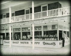 Dolle's Candyland on Wicomico Street & the boardwalk in Ocean City, Maryland #ocmd