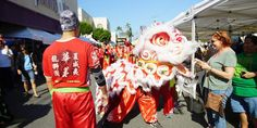 "各ショッピングセンターでチャイニーズニューイヤー2017イベント開催!""Chinese New Year 2017 Celebration at shopping malls"" #hawaii #ハワイ ワードビレッジショップス / Ward Village Shops カハラモール / Kahala Mall Ala Moana Center Royal Hawaiian Center  http://www.poohkohawaii.com/event/chineseny2017.html"