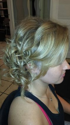 Hairstyles Gifts : ... Hairstyles on Pinterest Wedding hairstyles, Wedding Hairs and Gift