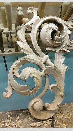 Художня різьба по дереву Wood Carving Designs, Wood Carving Art, Wood Art, Motif Baroque, Baroque Pattern, Wood Sculpture, Sculptures, Filigree Tattoo, Filigree Design