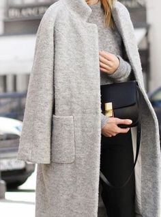 parfum-noir:  ♥ Check outParfum-noirfor more!  FASHION BLOG, checking out all new followers