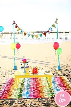 girl, kids, beach party - Nice set-up for a party on the beach