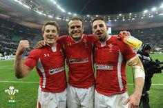 Wales - Beat France Jonathan Davies, Jamie Roberts and Alex Cuthbert!
