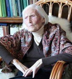 Maria Glazovskaya, Russian scientist and agro-chemist, died at 104