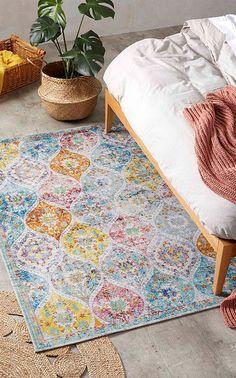 Un tapis 100% coloré pour affirmer avec parcimonie votre décoration rétro motif Paisley #astucesdeco #motifpaisley #motifcachemire #tapis #décotapis