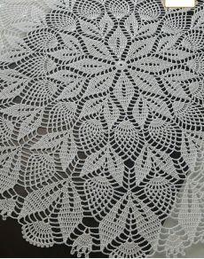 Crochet Doily Rug, Crochet Tablecloth Pattern, Crochet Doily Patterns, Crochet Round, Thread Crochet, Crochet Gifts, Crochet Flowers, Crochet Stitches, Free Crochet