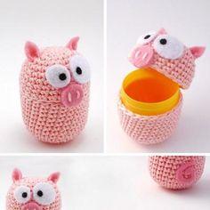 :) Kan du lave sådan nogle til mig @Birthe Pedersen jeg har en del af de der æg fra kinderæg efterhånden!