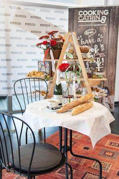 French Pop-up-bakery - Kinderkostüme Selber Machen French Pop, Pop Up, Coffee Shop, Bakery, Table Decorations, Recipes, Home Decor, Baguette Recipe, Diy