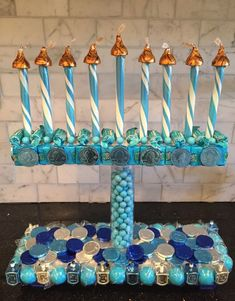 Candy Menorah Hanukkah Craft More Más Hanukkah Crafts, Feliz Hanukkah, Jewish Crafts, Hanukkah Decorations, Hanukkah Menorah, Christmas Hanukkah, Hannukah, Happy Hanukkah, Jewish Hanukkah