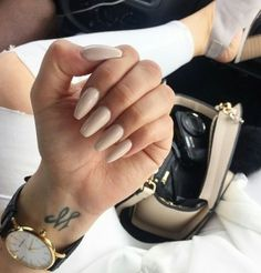 New nude nails and my favorite watch from ▪️ Perfect Nails, Gorgeous Nails, Pretty Nails, Nude Nails, Acrylic Nails, Coffin Nails, Acrylics, Neutral Nails, Nail Polish