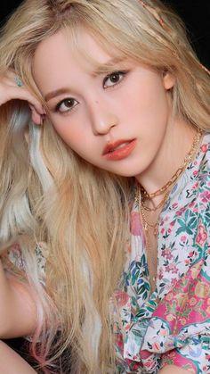 Nayeon, Kpop Girl Groups, Korean Girl Groups, Kpop Girls, Extended Play, Warner Music, Twice Album, Chaeyoung Twice, Twice Jihyo