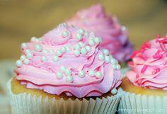 White Wedding Cake cupcakes recipe