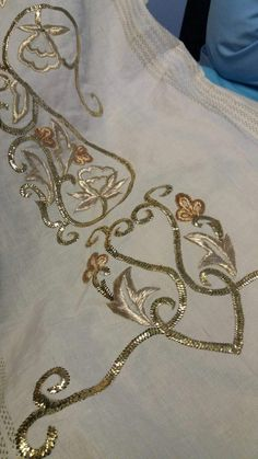 Sleeves Designs For Dresses, Sleeve Designs, Gold Work, Embroidery Patterns, Chain, Tablecloths, Lehenga, Dubai, Jewelry