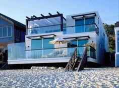 Two Storey Malibu California Beach House Design. It's my lil dream beach house! Malibu Beach California, Malibu Beach House, Malibu Beaches, California Usa, Houses In California, Malibu Houses, House On The Beach, Malibu Mansion, Irvine California