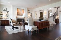 Mark Simmons Interiors created this room by blending traditional and modern pieces.