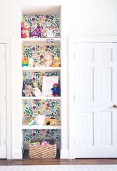 Wallpaper Shelves, Kids Room Wallpaper, Closet Wallpaper, Diy Wallpaper, Girls Bedroom Wallpaper, Wallpaper Designs, Widescreen Wallpaper, Colorful Wallpaper, Little Girl Rooms