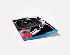 Design des brochures sur le son deSennheiser Benelux. Adaptation de la charte graphique, recherche de photos, mise en page, impression.  double-id.com