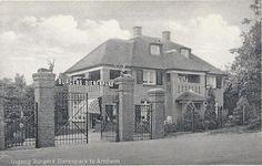 Oude ingang Burgers Zoo