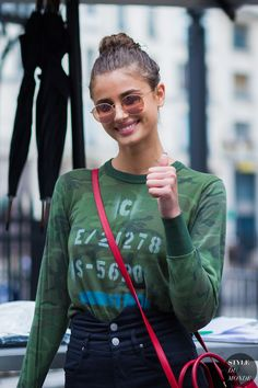 Haute Couture Fall 2016 Street Style: Taylor Hill