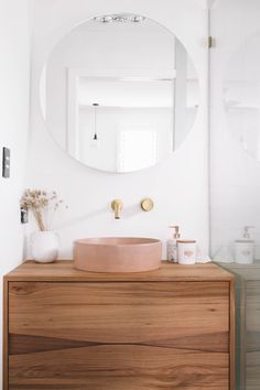 A dusty pink dream... 💖🥰⁠ ⁠ This boutique, guest en-suite boasts a whimsical yet sophisticated mood, giving the space a sleek and contemporary edge. ⁠ ⁠ @alexrowe 's luxury bathroom emphasises a forward-thinking, modernist design method, with clean lines, rounded curves and hard angles. ⁠ ⁠ How did you approach designing your bathroom? 🛀⁠ Beautiful Bathrooms, Modern Bathroom, Small Bathroom, Bathroom Pink, Bathroom Renos, Laundry In Bathroom, Bad Inspiration, Bathroom Inspiration, Bathroom Interior Design