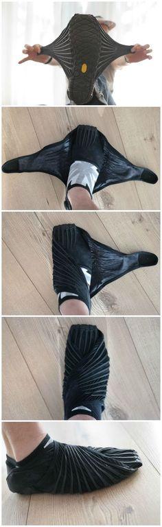Vibram Furoshiki Walking-Yoga-Fitness Shoe @aegisgears Vibram Shoes, Tabi Shoes, Parkour, Furoshiki Shoes, Wrap Shoes, Me Too Shoes, Best Shoes, Camping Clothes For Women, Fitness Pants