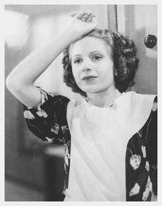 Evita Duarte en el cortometraje publicitario La luna de miel de Inés, realizado en el año 1938 por la compañía Linter Publicidad.