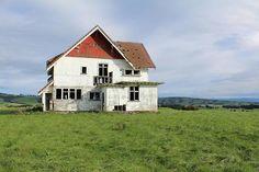 an abandoned house in Wairarapa, New Zealand