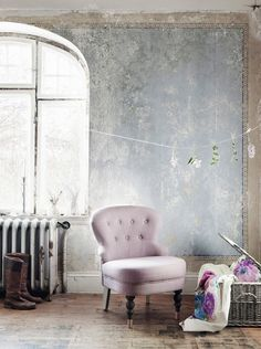 Improve Your Room. Useful Tips For Your Home Improvement Project. So you are ready to improve your home. You may feel that it's impossible to do your own home improvement proje Wabi Sabi, Rue Verte, Distressed Walls, Ivy House, Living Spaces, Living Room, Interior Decorating, Interior Design, New Wall