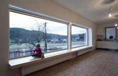 okno na Berounku a kantovka  http://bydleni.idnes.cz/z-nudneho-stareho-domu-u-prahy-se-vyloupla-moderni-novostavba-pb3-/rekonstrukce.aspx?c=A120228_094837_rekonstrukce_rez