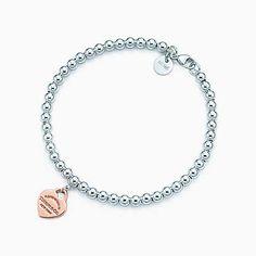 Return to Tiffany™ bead bracelet in silver and RUBEDO® metal, medium.