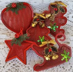 5 Vintage Metal Mesh Christmas Ornaments Red Gold Bells Heart Star Teddy Bear Sleigh Christmas Tree by GenerationsEstate on Etsy