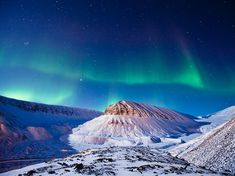 http://photography.nationalgeographic.com/photography/photo-of-the-day/aurora-borealis-svalbard/