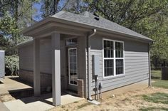 This is the592 Sq. Ft. Hummingbird Cottage built for a family's mother-in-law by Ralph Jones Home Plans, LLC. Janne Zaccagnino created the plans for the home and normally doesn't see t…