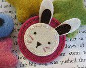 KEINE SLIP Wollfilz Haar clip - Bunny-baby - Fuchsia