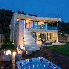 Luxury Villa, Photo And Video, Mansions, Studio, House Styles, Outdoor Decor, Instagram, Design, Home Decor