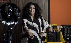 'Na minha cabeça, tenho 40 anos' : Gal Costa ri da idade, fala da 'família' da tropicália e diz não ouvir cena atual