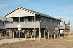 Kitty+Hawk+Vacation+Rental:+La+Dolce+Vita+016+|++Outer+Banks+Rentals. 1600 3 bed w SS for 1600 total incl insurance