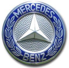Mercedes - Benz Logo