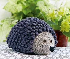 1562 Best Amigurumi images in 2020 Crochet Home Decor, Crochet Art, Cute Crochet, Crochet Animals, Crochet Toys, Crochet Patterns, Crochet Christmas Garland, Hedgehog Craft, Crochet Scarves