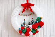 Retro Christmas Wreath Using Bottle Brush Trees