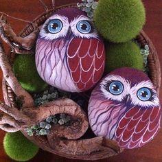 Bu haftaya maviş baykuşlarla başlıyorum Haftanız mutlu ve sanat dolu geçsin #baykuş #owl #doğal #taş #boyama #natural #stonepainting #rockart #handmade #elyapımı #hediye #gift #fineart #homedecor #artlovers #instaartist #instamakers #instadraws #bestmade #creative #photooftheday #instahobby #owllovers #animallovers