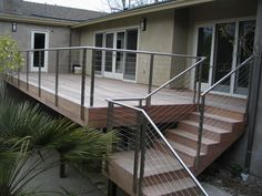 Very Versatile Stainless Steel Cable Railing Cost per Foot Steel Railing Design, Balcony Railing Design, Glass Railing, Deck Design, Deck Railing Systems, Deck Railings, Banisters, Modern Balcony, Modern Stairs
