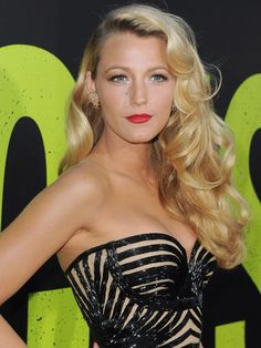 Blake Lively at the LA premiere of Savages: http://beautyeditor.ca/2012/06/26/blake-lively-is-the-new-face-of-guccis-premiere-fragrance/